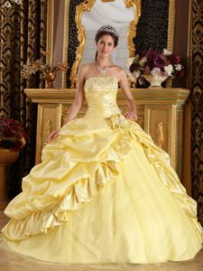 Cute Yellow Ball Gown Dresses for Quinceanera in and Tulle with Beading
