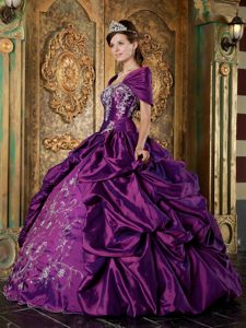 Unique Purple Ball Gown Strapless Quinceanera Gowns in with Embroidery