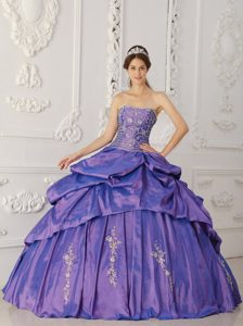 Purple Strapless Modern Quinces Dress to Long in with Embroidery