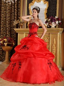 Stylish Red Ball Gown Sweetheart Embroidery Quince Dresses and Organza