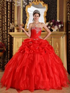Memorable Red Ball Gown Sweetheart Appliqued Quinceanera Dresses in Organza
