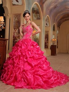 Famous Spaghetti Straps Quinceaneras Gowns in Organza with Embroidery in Red