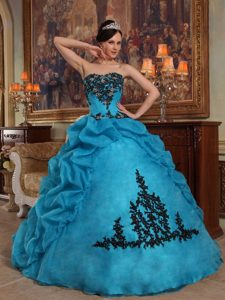 Must-have Blue Ball Gown Strapless Quinceaneras Dresses in and Organza