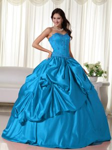 Well-packaged Quinceaneras Dresses to Long with Embroidery in Aqua Blue