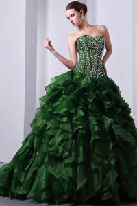 Urbane Green A-line Sweetheart Brush Train Organza Quinces Dresses with Beads