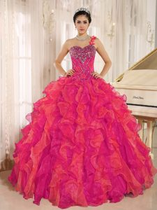 Maxi Red One Shoulder Lace-up Beaded Organza Quinceanera Gowns with Ruffles