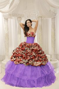 Provocative Organza Leopard Strapless Quinces Dresses with Beading Decorated