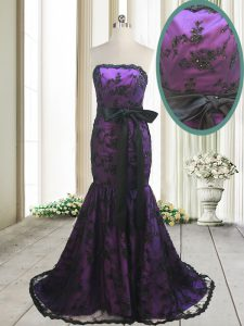 New Style Mermaid Strapless Sleeveless Satin and Lace Prom Dress Bowknot and Belt Sweep Train Lace Up