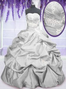 Latest Sleeveless Embroidery and Pick Ups Lace Up Quinceanera Gowns