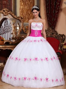 White and Pink Strapless Cheap Dress for Quinceanera in and Tulle
