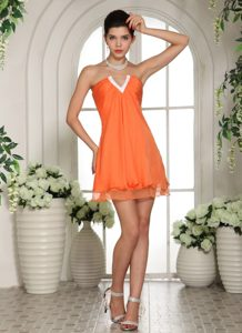 Orange V-neck Mini-length Chiffon Magnificent Celebrities Dresses for Less