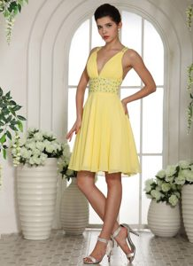 Romantic Light Yellow V-neck Knee-length Celebrity Inspired Dress for Fall