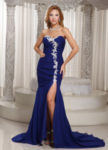 Mermaid Deep Blue Sweetheart Ruched and Appliqued Prom Dresses for Evening