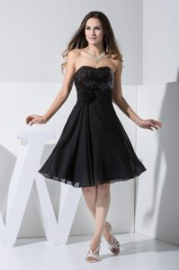 Sweetheart Black Mini Evening Dress with Handle Flowers and Paillettes