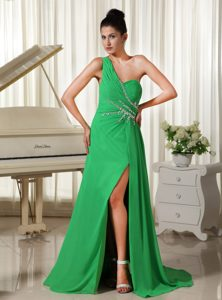 One Shoulder High Slit Ruched Prom Gown Dress in Spring Green On Sale