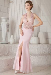 Pink V-neck Long Chiffon Cheap Prom Attire with Appliques