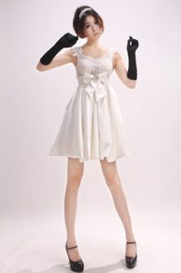 Straps Bowknot Off White Cheap Junior Prom Dress in Mini-length