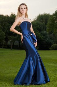 Royal Blue Mermaid Strapless Long Plus Size Evening Dresses in