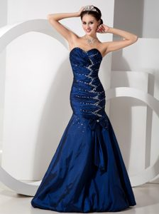 New Navy Blue Mermaid Sweetheart Prom Celebrity with Beading and Bowknot