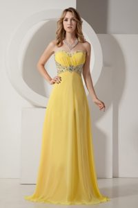 Light Yellow Sweetheart Brush Train Ruched Chiffon Prom Dresses with Beading