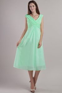 Apple Green V-neck Tea-length Ruched Chiffon Prom Dress for Summer Holiday