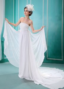 Custom Made Empire White Strapless Bridal Dresses with Ruche