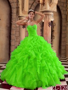 Sweetheart Ruffles Organza Long Quinceanera Dress in Spring Green