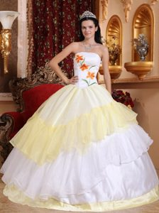 Strapless Organza Embroidery Dress for Quince in Light Yellow and White