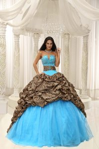 Sassy Sweetheart Lace-up Quince Dresses in Leopard and Organza with Beading