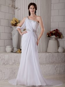 Cheap One Shoulder Beaded Garden Wedding Dress with Ruches and Court Train