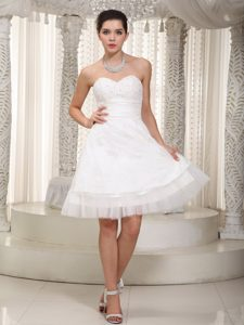 Discount A-line Beading Dresses for Wedding in Mini-length with Sweetheart
