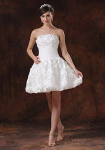 2014 A-line Mini-length Summer Wedding Dress with Rolling Flowers in Low Price