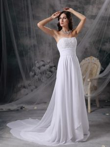 Empire Strapless Dresses for Wedding with Appliques and Court Train