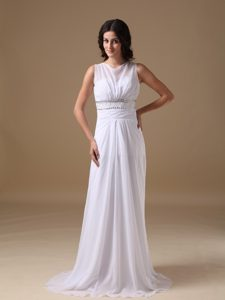 Elegant Scoop Chiffon Wedding Dress for Women with Brush Train and Beadings
