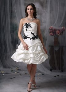 A-line Strapless Ruched Bridal Wedding Dress with Pick-ups and Black Appliques