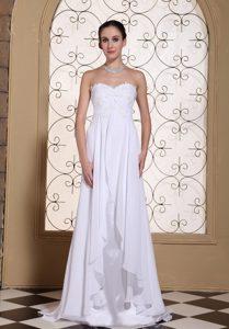 Appliqued Summer Wedding Dress with Heart Sharped Neckline in the Mainstream