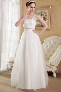 Princess V-neck Women Wedding Dress with Beads and Lace Up Back for 2013