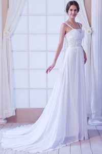 Affordable Straps Beading Outdoor Wedding Dresses With Court Train