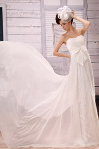 Pretty Sweetheart Ruching Dress for Wedding in Lace and Chiffon with Bowknot