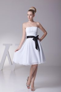 Pretty Strapless Knee-length Ruched Chiffon Wedding Dress with Black Sash