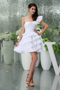 One Shoulder Mini-length Flounced Ruched Chic Wedding Dress with Layers