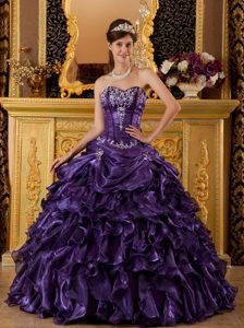 Dark Purple Sweetheart Organza Quinceanera Dress with Ruffles and Appliques