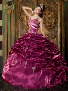 New Spaghetti Straps Fuchsia Quinceanera Dress with Appliques and Pick-ups