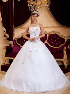 White Strapless Ball Gown Organza Sweet 16 Dress with Appliques for Cheap