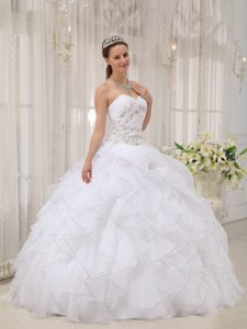 Ruched Sweetheart White Organza Sweet 16 Dress with Ruffles and Appliques
