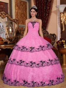Popular Strapless Rose Pink Layered Organza Sweet 16 Dresses with Appliques