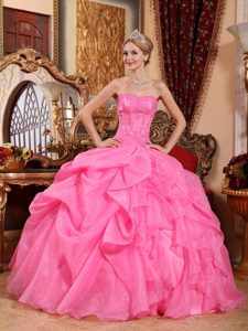 Strapless Hot Pink Organza Quinceanera Dresses with Pick-ups and Appliques