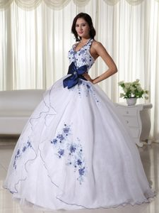 Halter White and Navy Blue Organza Quinceanera Dress with Appliques and Bow