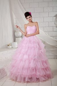 Pink Sweetheart Organza Quinceanea Dresses with Beading and Ruffled Layers