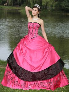 Attractive Quinceanera Dress and Embroidery on Sale